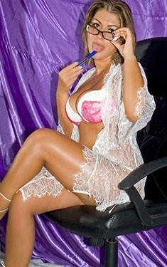 Jasmine bakeca incontri Padova Italia +393278391881